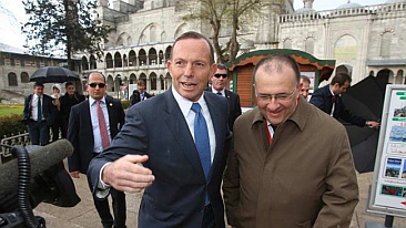 [ Serhan with Tony Abbott in Istanbul ]